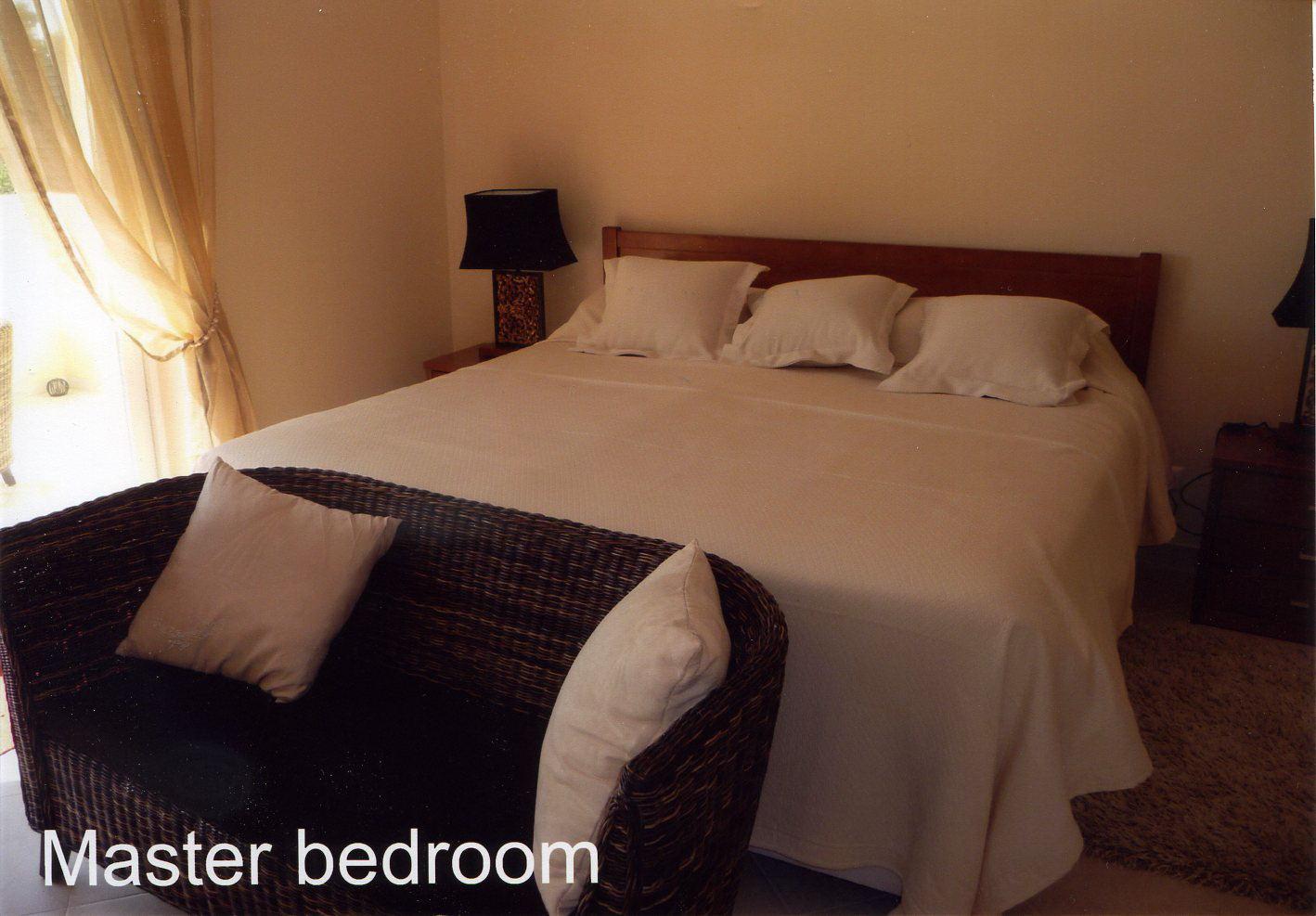 AT016 Master Bedroom