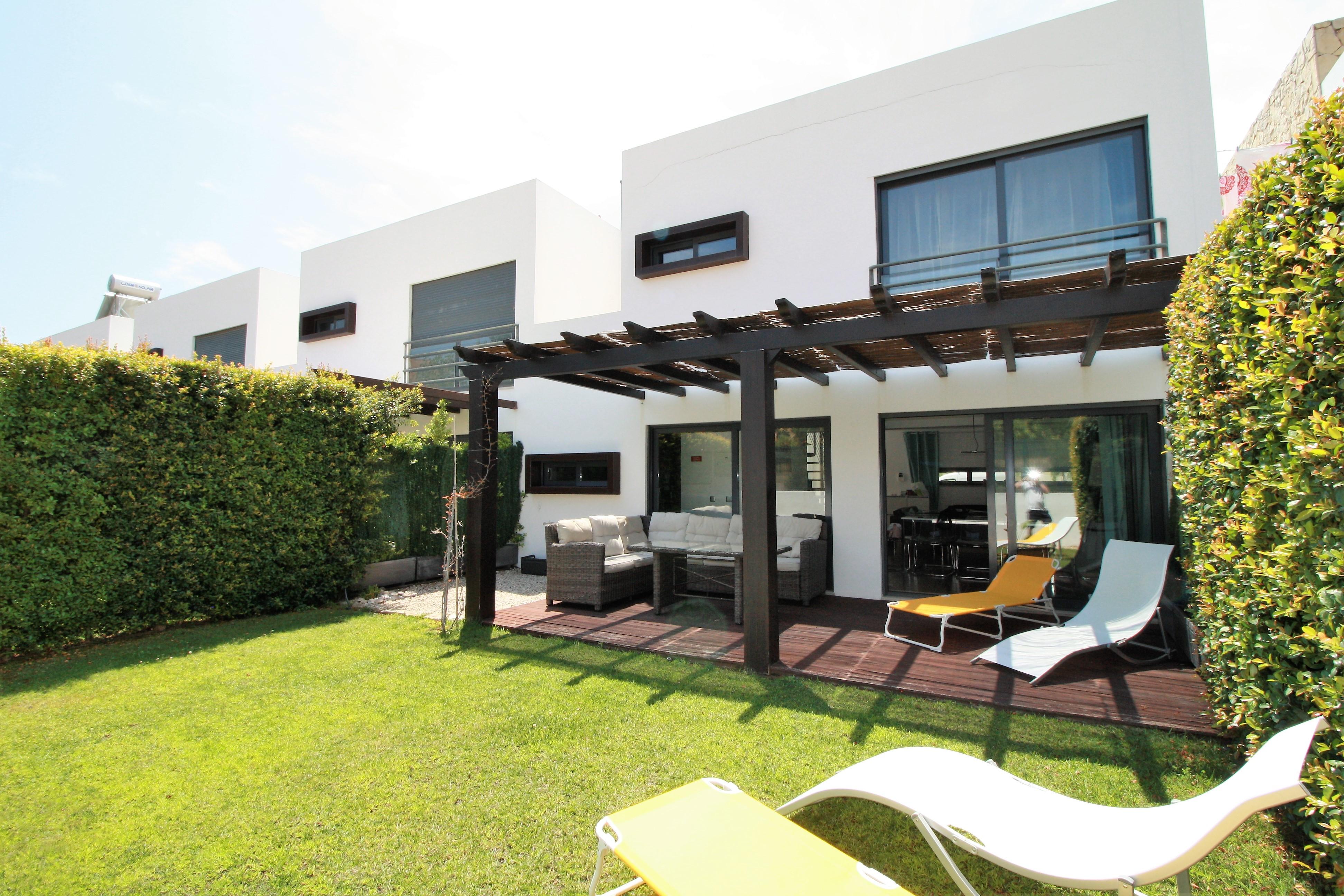 AT03-Villa Olhos9
