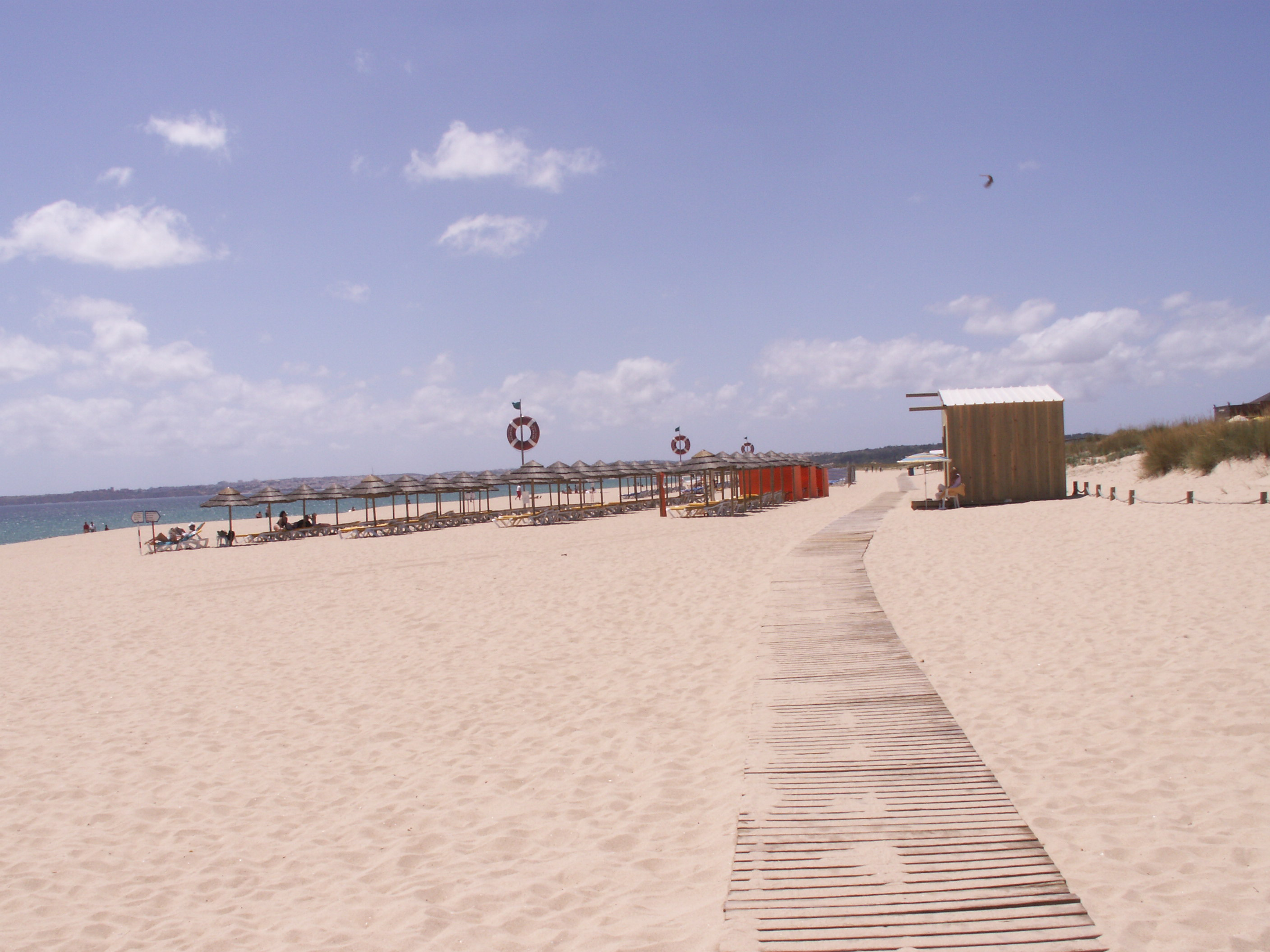 Alvor Beach boardwalk