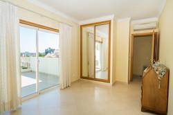 AT009_1-Villa 146 Bed 3 balcony access