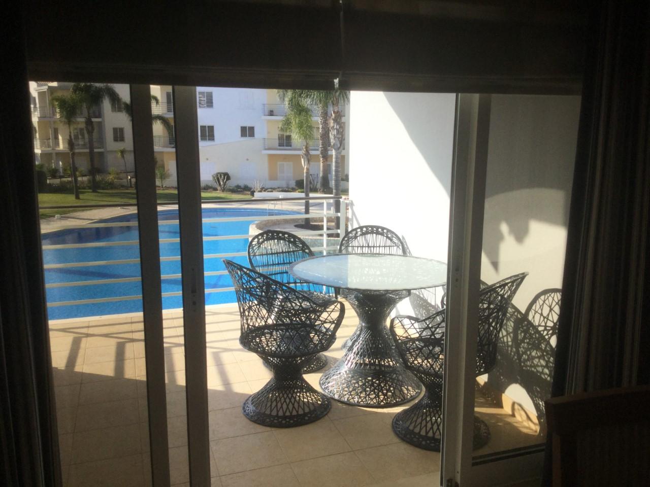 Balcony_IMG_0191