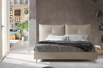 Кровать с нихей дя белья