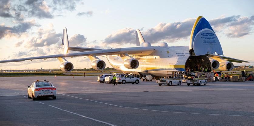 Antonov An-225 unloading medical supplies
