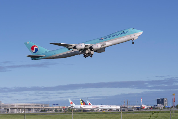 Boeing 747 Freighter on route to Seoul