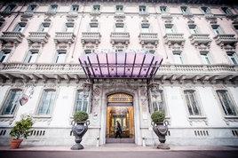 蒙弗特城堡酒店