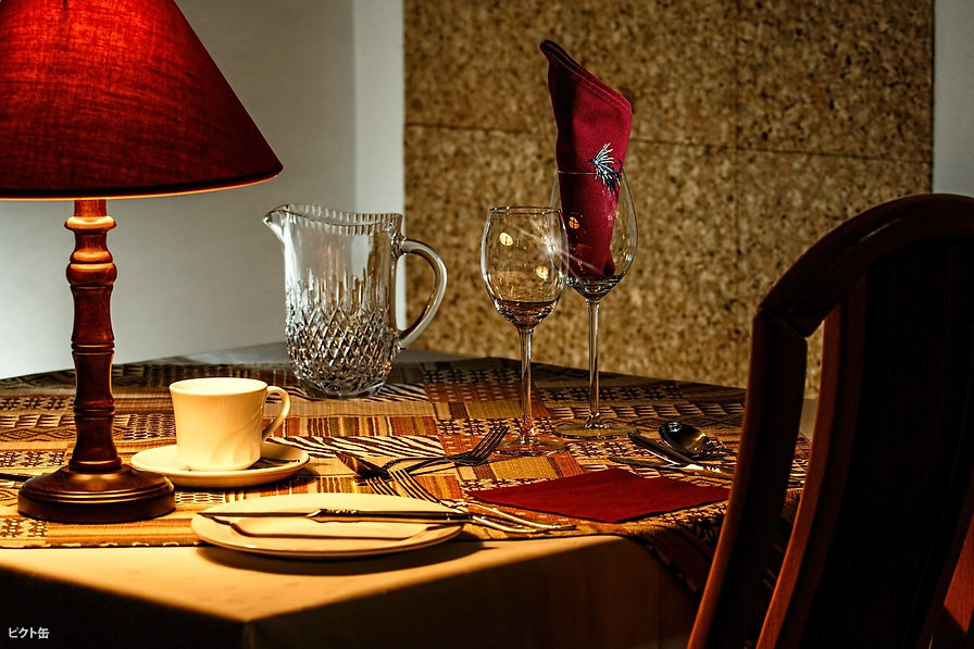 1184254503-dinner-table-444434_1920-o2rB