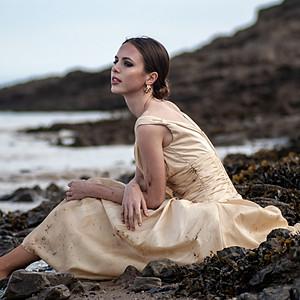Olivia Williams - The Beach