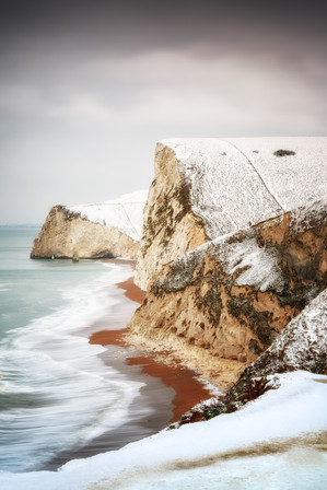 View out towards Bats Head from Durdle Door