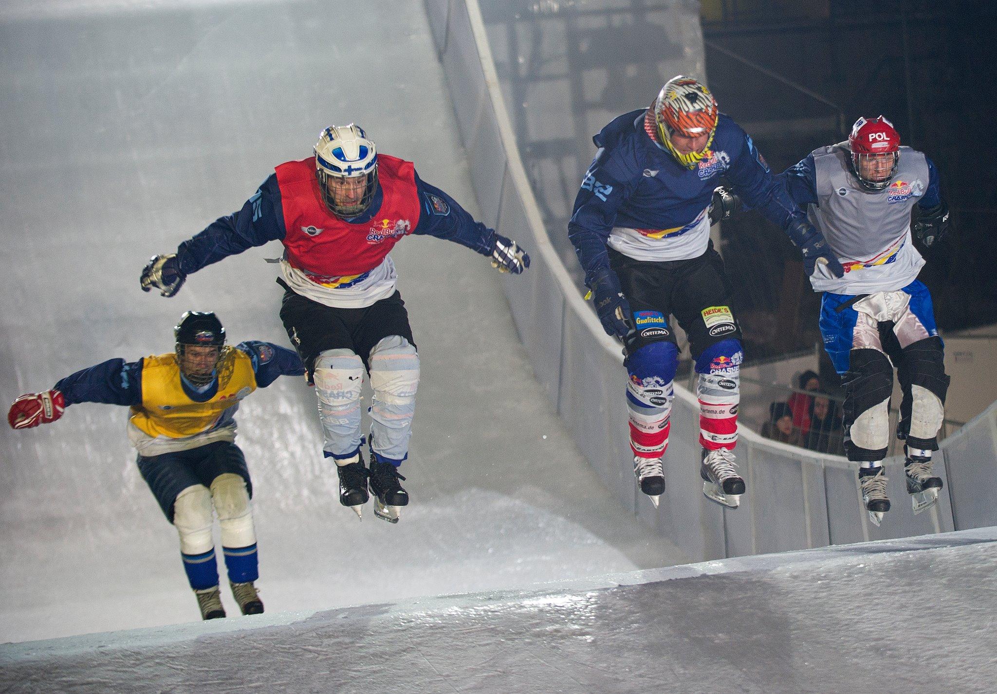Philipp Auerswald springt zum Sieg