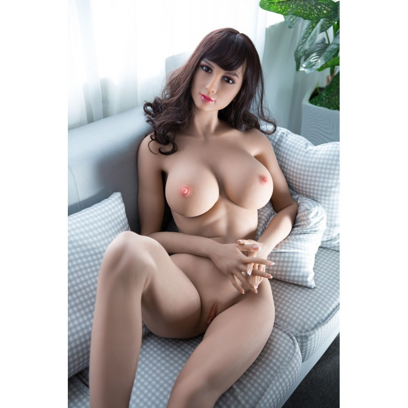 sexy-brunette-love-doll-from-af-doll-leo