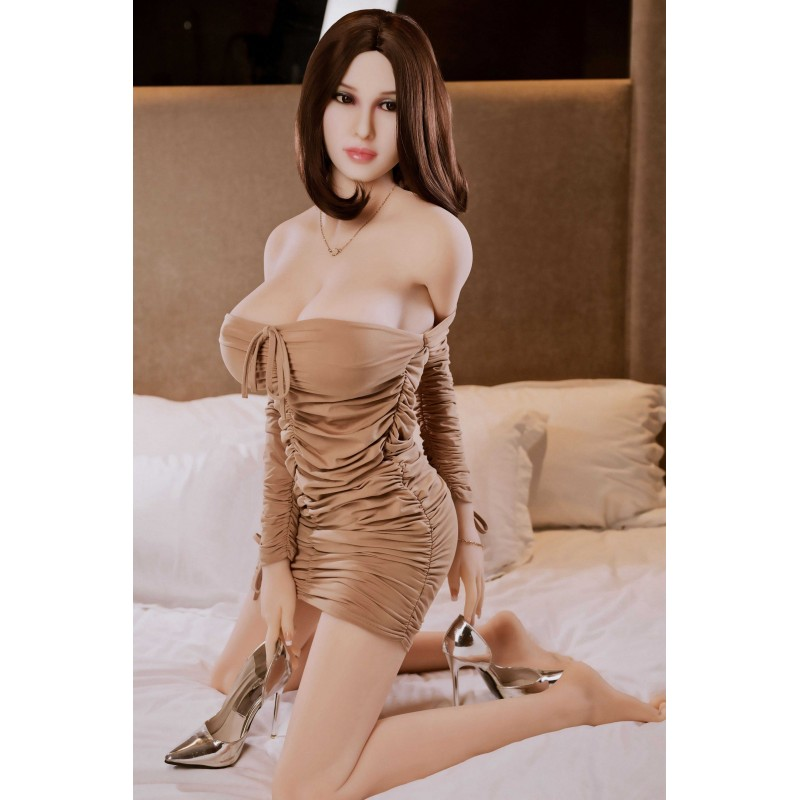 life-size-female-fantasy-ronna-54ft-165c