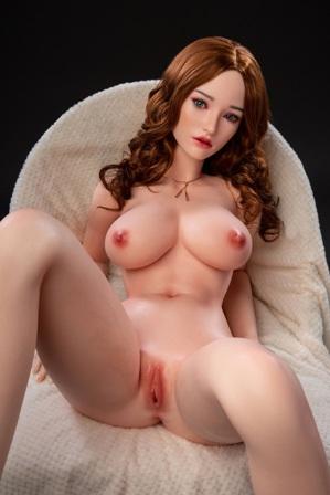 Elizabeth 32