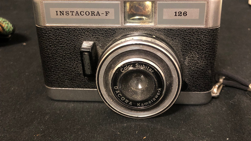 Instacore -f 126 Camera