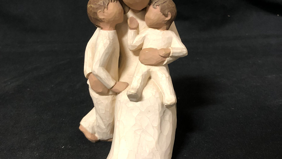 Willow tree Mini Sculpture of mother and kids