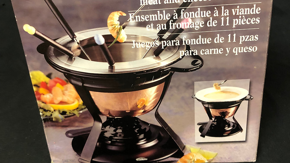 Fondue Set with 11 Pc of Meat and Cheese