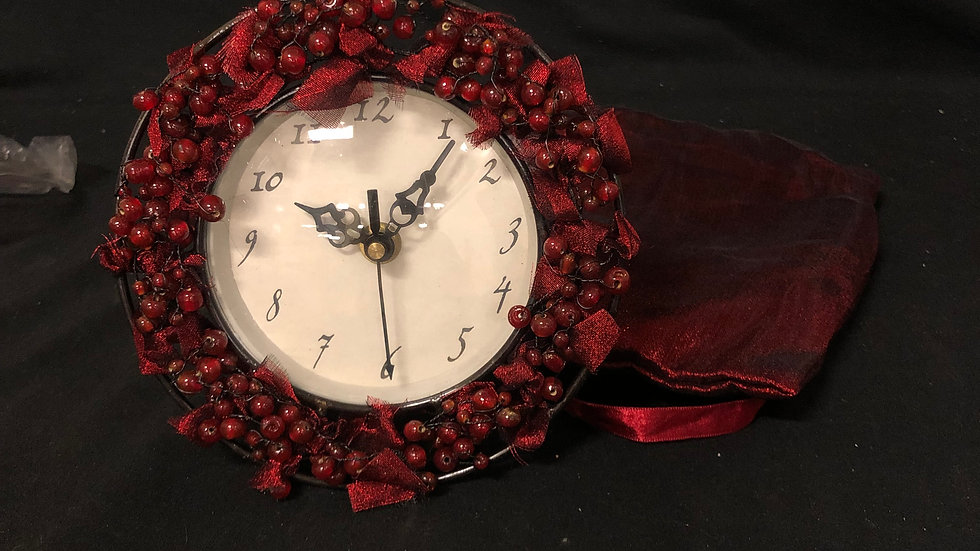 Red Clock Small