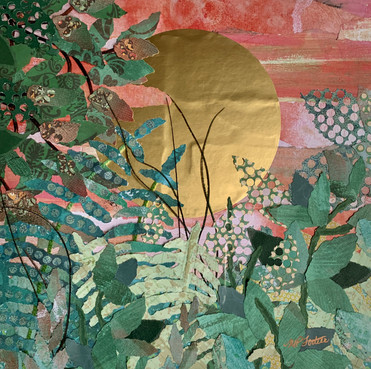 """A L'AUBE  2020 AT DAWN  Papiers, laines et plumes Papers, wool , feathers  12""""x12"""" Encadrement standard / Standard framing"""