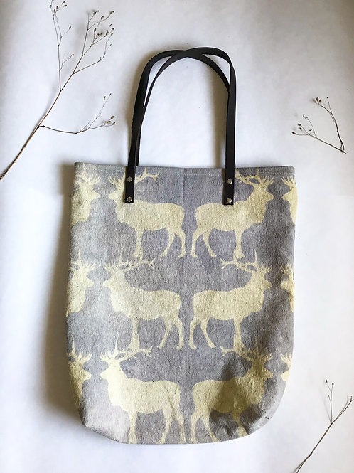 Canadian Lilac Caribou Travel Tote- No Inside Pockets