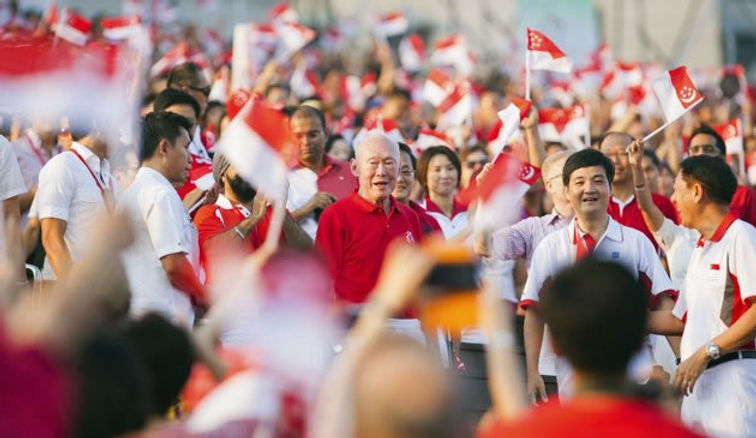Mr Lee Kuan Yew at the National Day Parade 2013