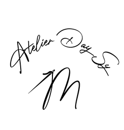 Logo de L'atelier Day Sy'M robes de mariée à Bourges