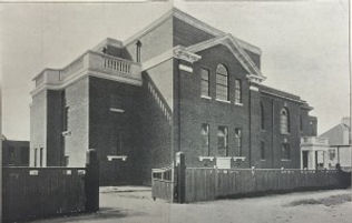 Exterior-old-photo-of-GG-shul-300x191.jp
