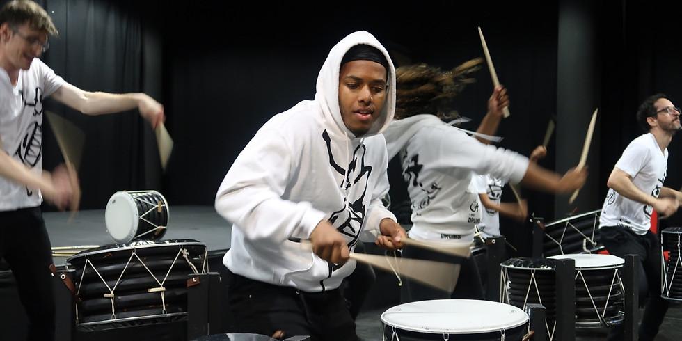 O7 drumming group class