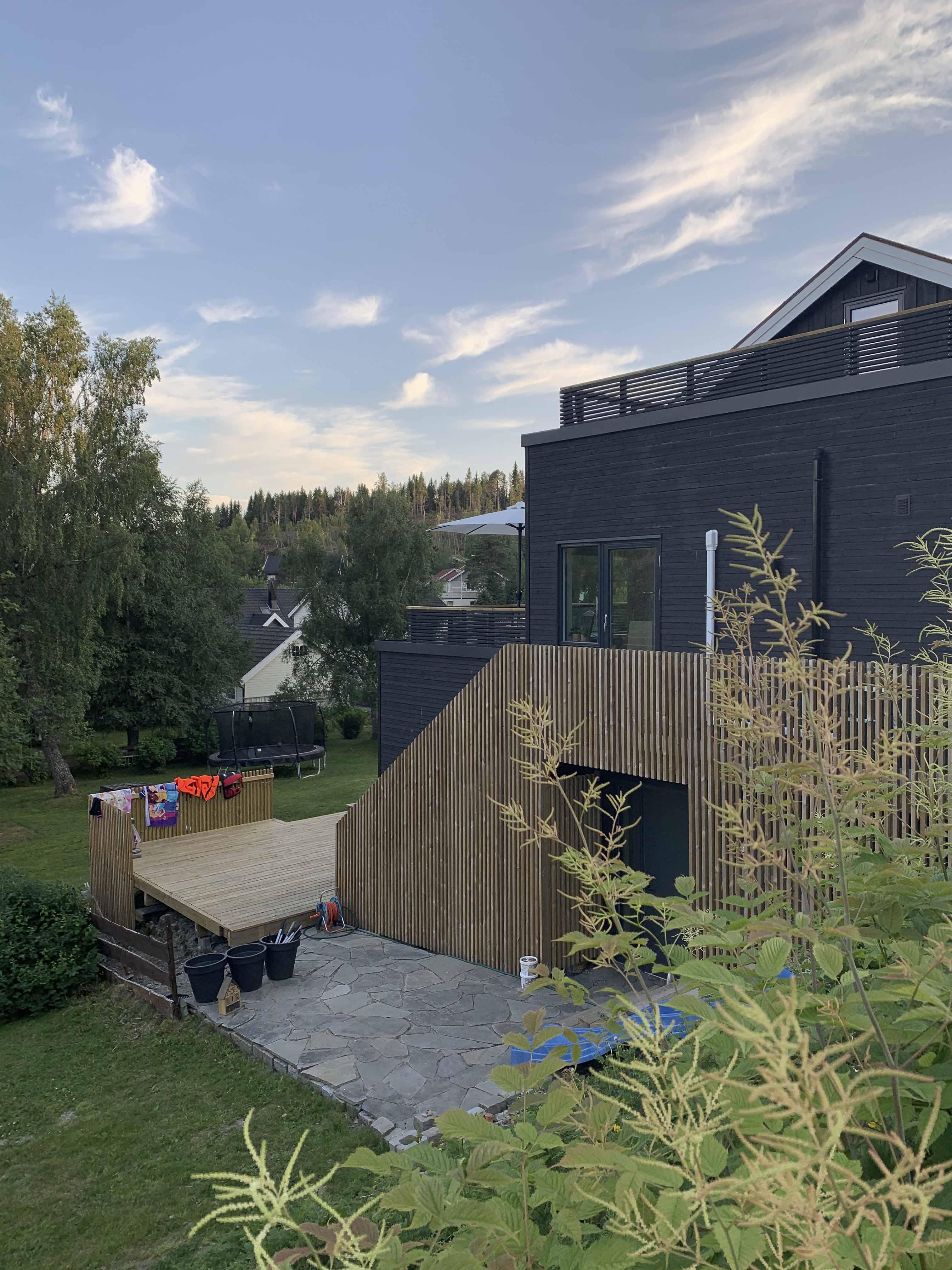Ny fasade på gavlveggen -sommer
