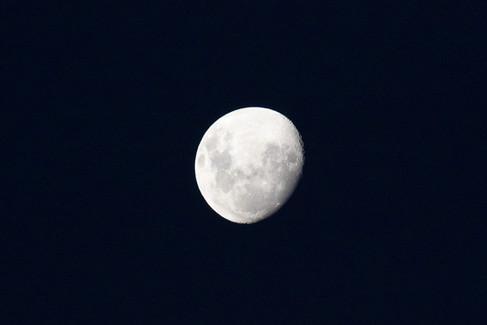 Valparaiso moon