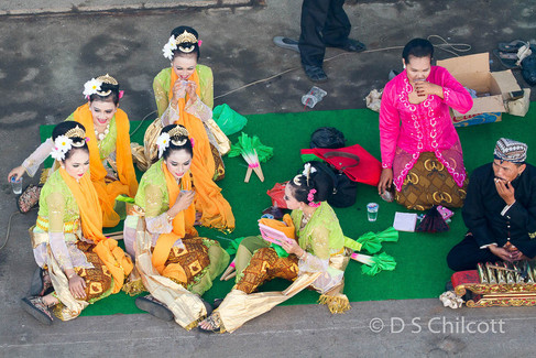 Semarang dancers