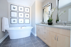 Forestview Residence, Master ensuite