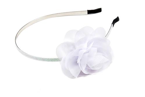 קשת פרח לבן