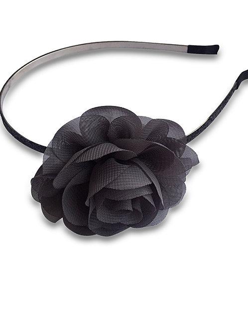קשת פרח אפור כהה