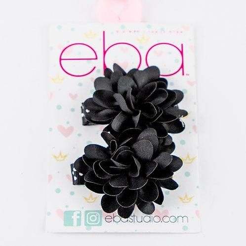 סיכות פרחים שחורים