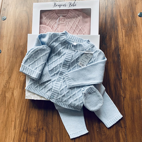 Boxed 4 Piece  Set Newborn and  0-3 months only