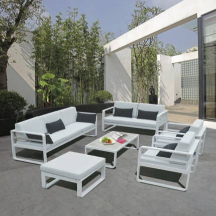 TEKNO Conjunto aluminio blanco tapiceria Sunproof gris, mesa centro tapa lamas.