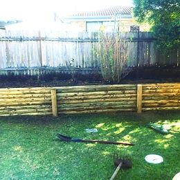 garden-wall-construction-bamboo