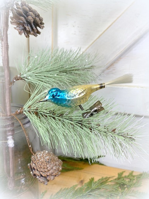 Antique Spun Glass Tail Clip Birds