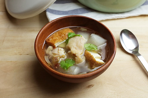 油豆腐蘿蔔雞湯