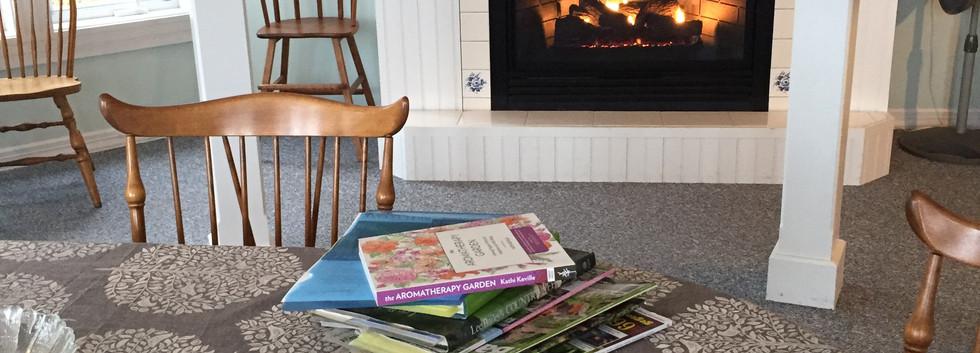 breakfast room fireplace