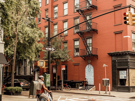 Greenwich Village Encourages Residents to #ShopBleeker