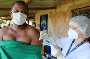 Vacinação na Comunidade Quilombola Chacará do Buriti