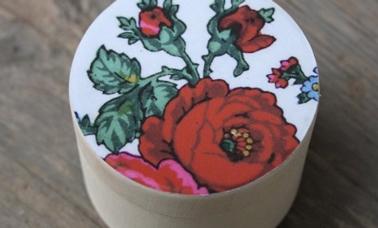 Träask 60mm röd ros