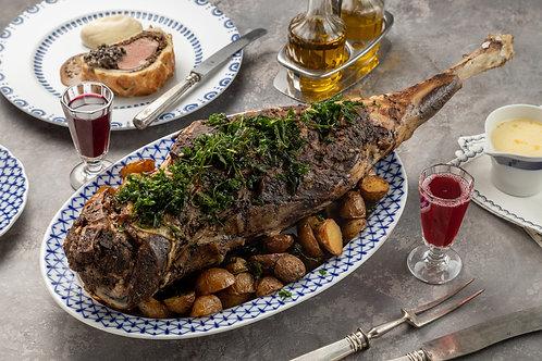 Томленая баранья нога с мясным соусом
