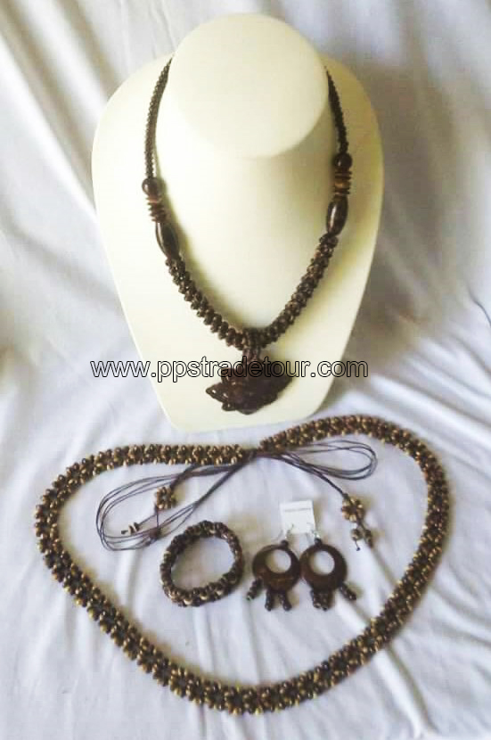 coconut shell bead necklace-5842