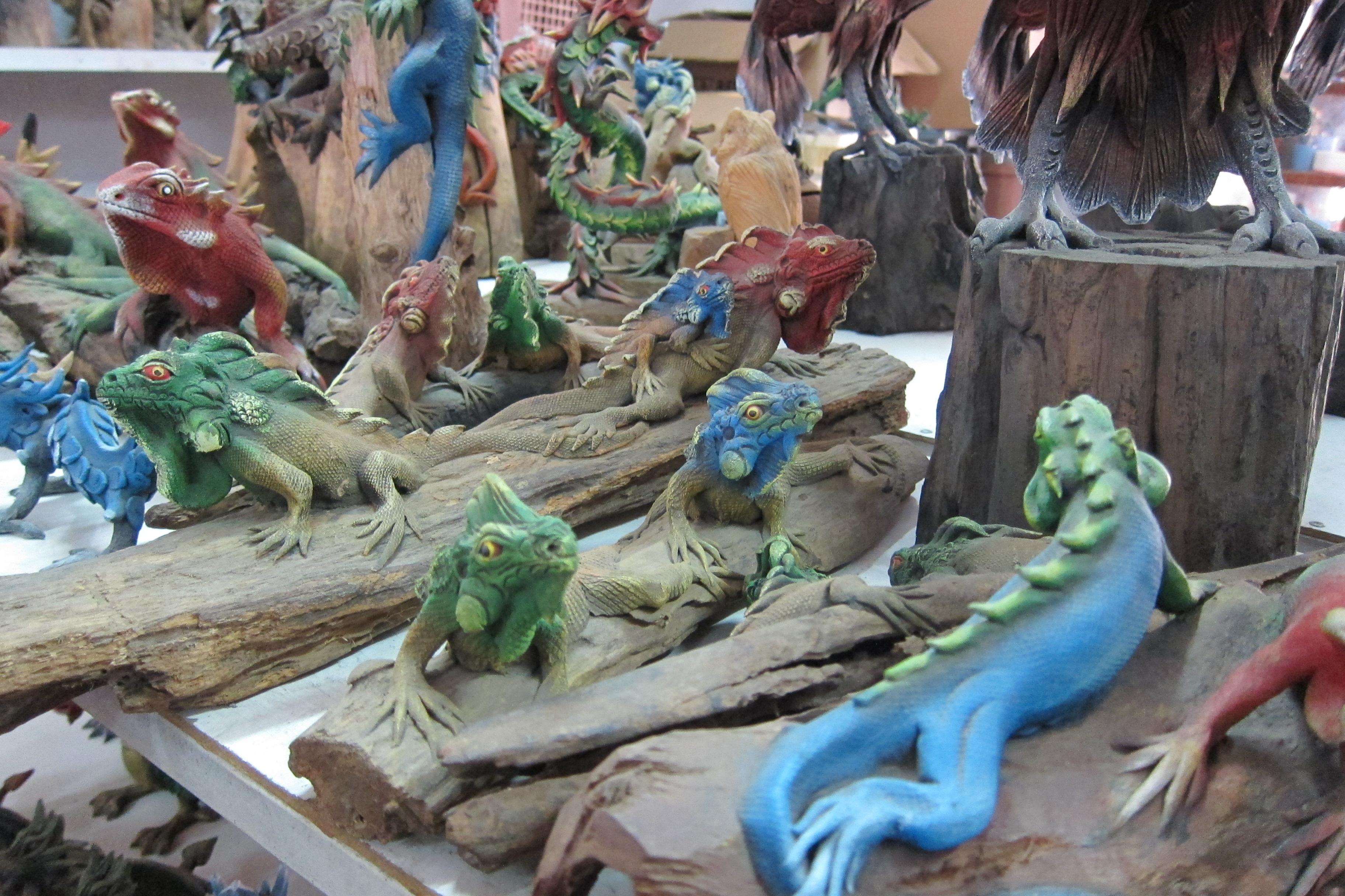 Iguana Figurine-IMG_2975