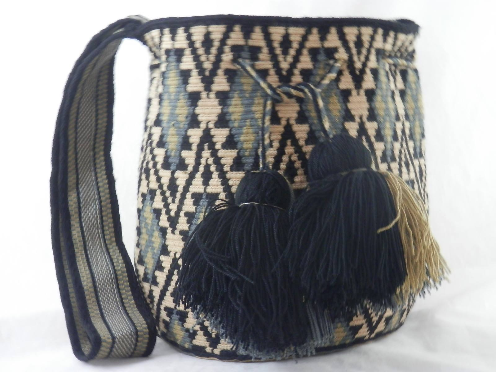 Wayuu Bag by PPS-IMG_6279