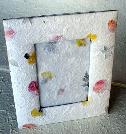 Picture frame from mulberry paper