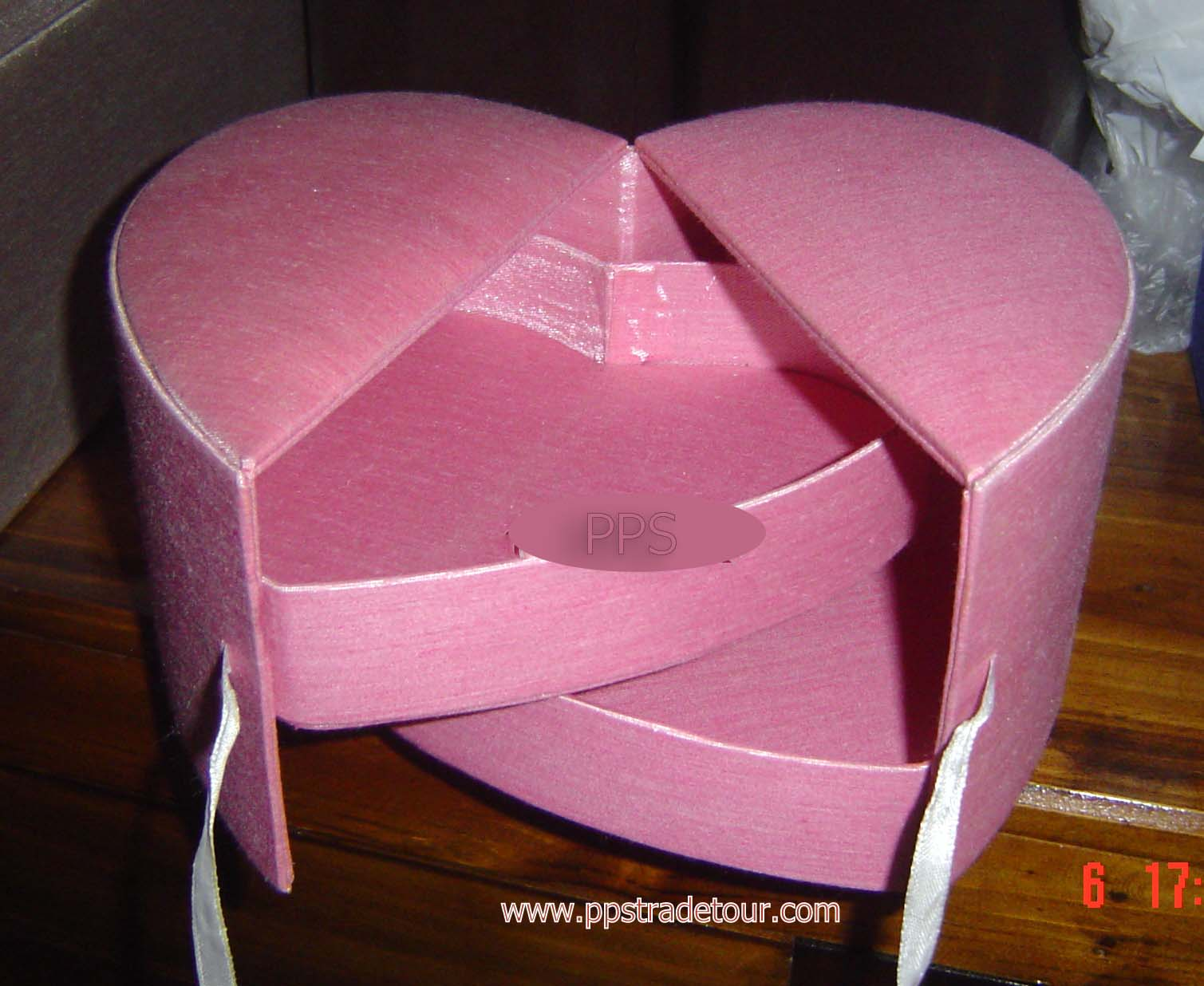 Silk heart Storage