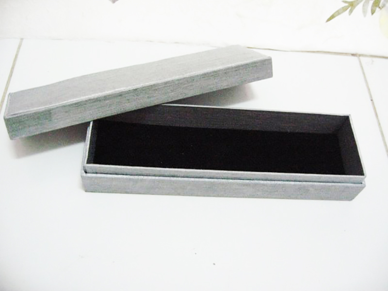Silk Pen Box_2131