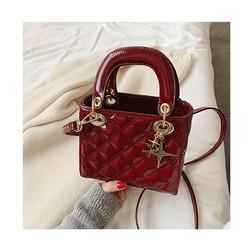 Quilted Leather Cross Thread Handbag Women Designer Messenger Elegant Lady Crossbody Bag Chains Hand